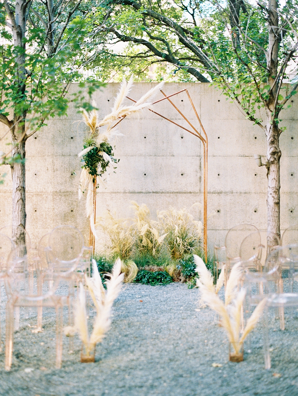 Modern Ceremony Inspiration at F.I.G Dallas_0021.jpg