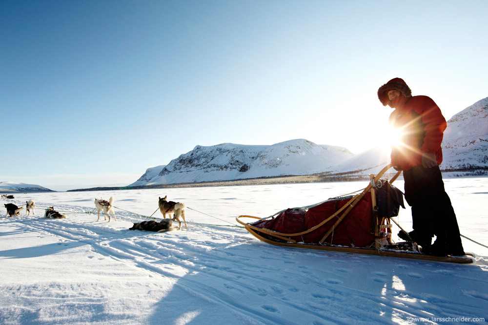 dogsledding-photo-expedition-Norway-05.jpg