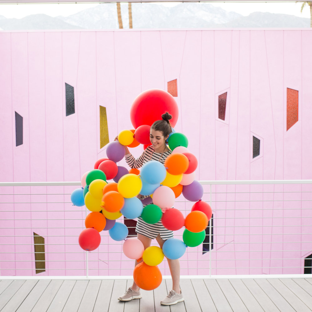 image by Leslie Schneider @splendid_rags - balloons by GERONIMO