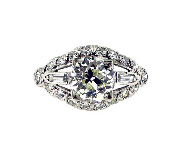 Engagement Rings & Wedding Bands -