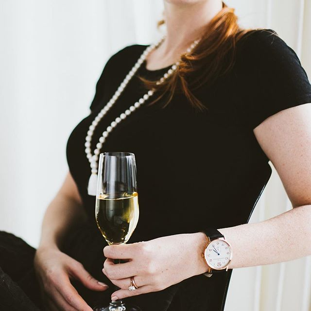 Cheers to all the Women bosses that are making a difference. Happy international Women's Day.  #cclifestyles #lifestylesbydesign #watch #instawatch #wotd #fashion #womensfasion #style #necklace #jewelry #vancouver #ladyofthepearl