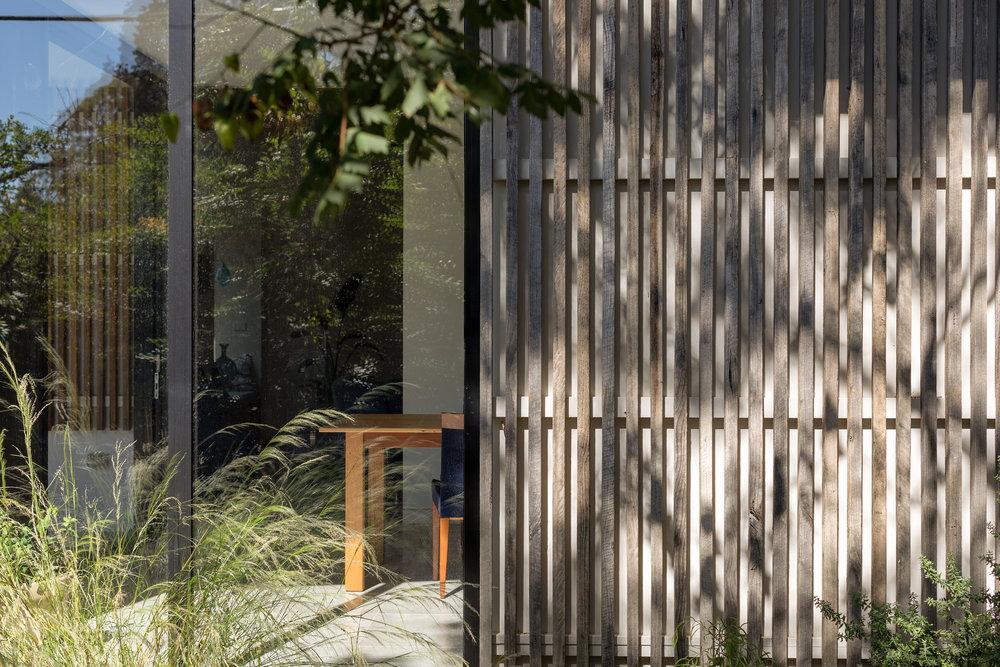 2915-resnew_Courtyard House_Rob Henry Architects_Light Studies_03.jpg
