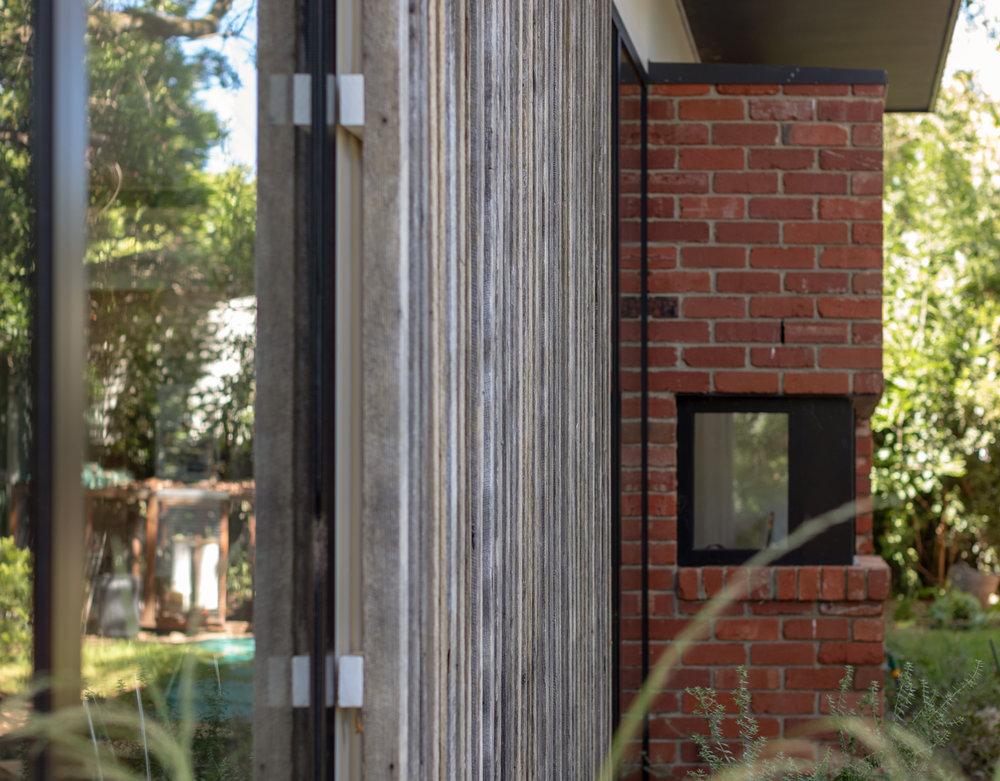 2915-resnew_Courtyard House_Rob Henry Architects_Light Studies_02.jpg