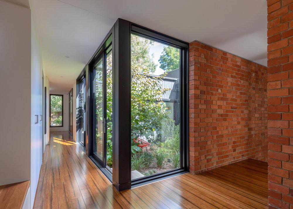 2915-resnew_Courtyard House_Rob Henry Architects_Light Studies_04.jpg