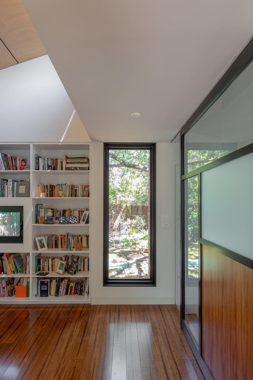 062915-resnew_Courtyard House_Rob Henry Architects_Light Studies_05.jpg