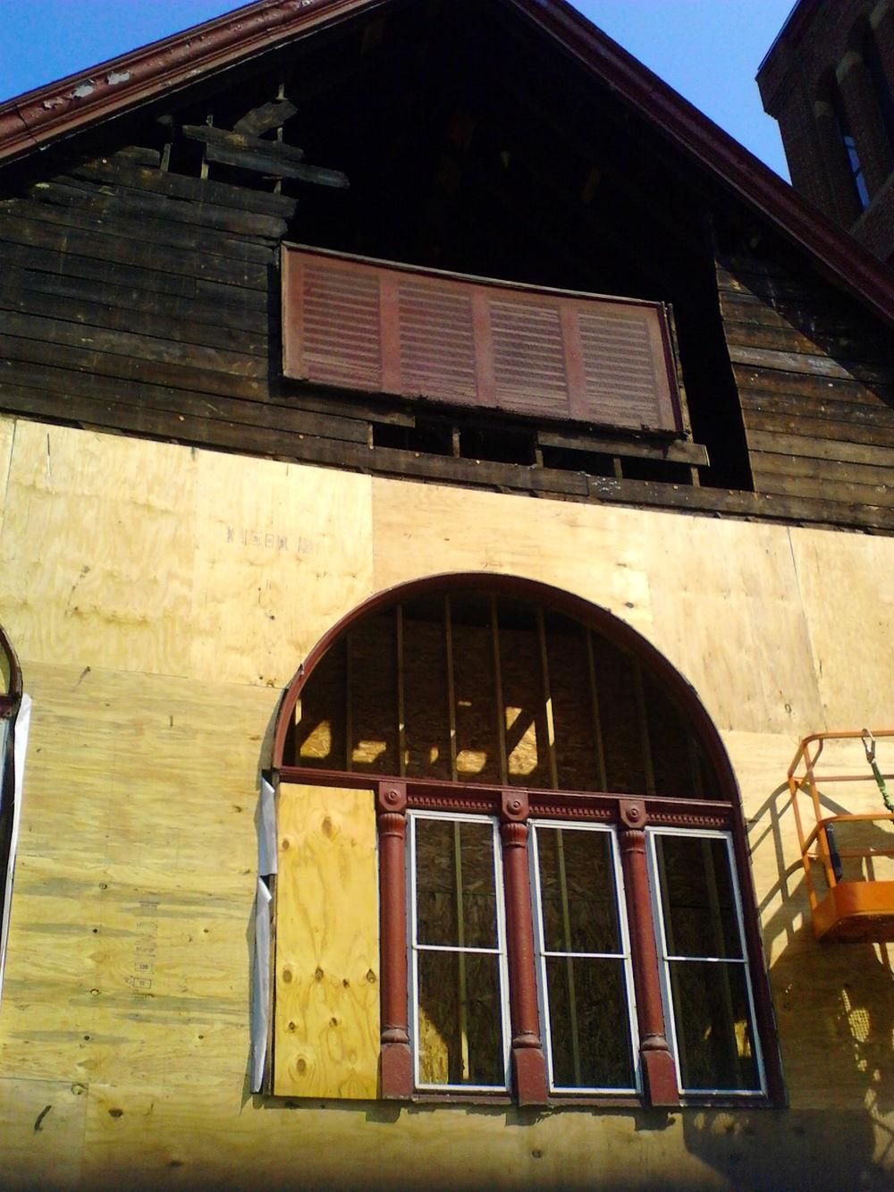 Work progressing on the sanctuary (exterior view).