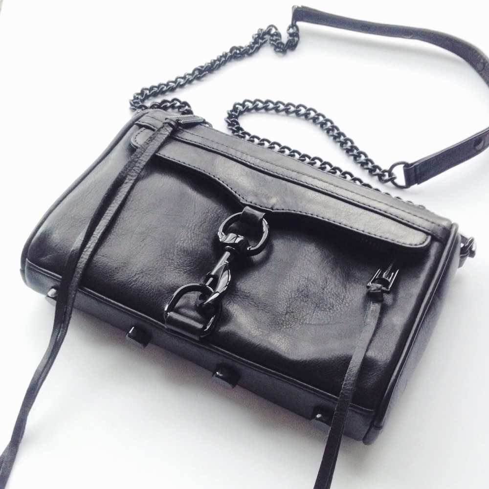 ALL BLACK REBECCA MINKOFF MINI
