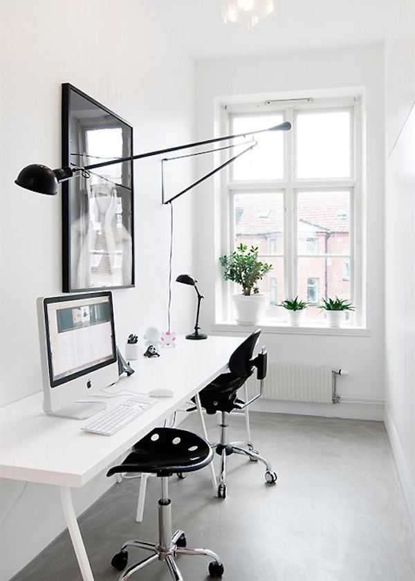 black-and-white-home-office.jpg