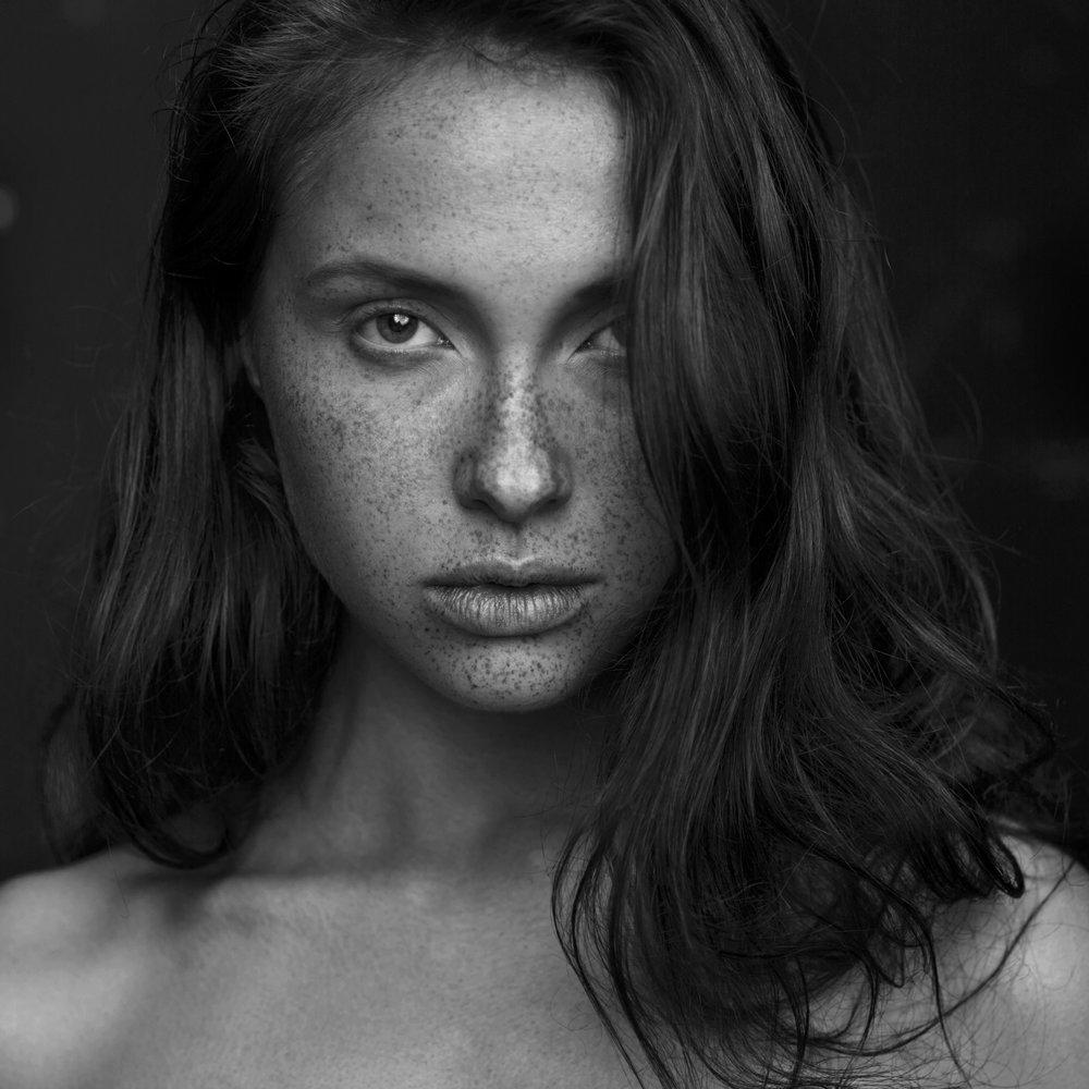 RA_Phoebe_GIANT-0006_freckles.jpg
