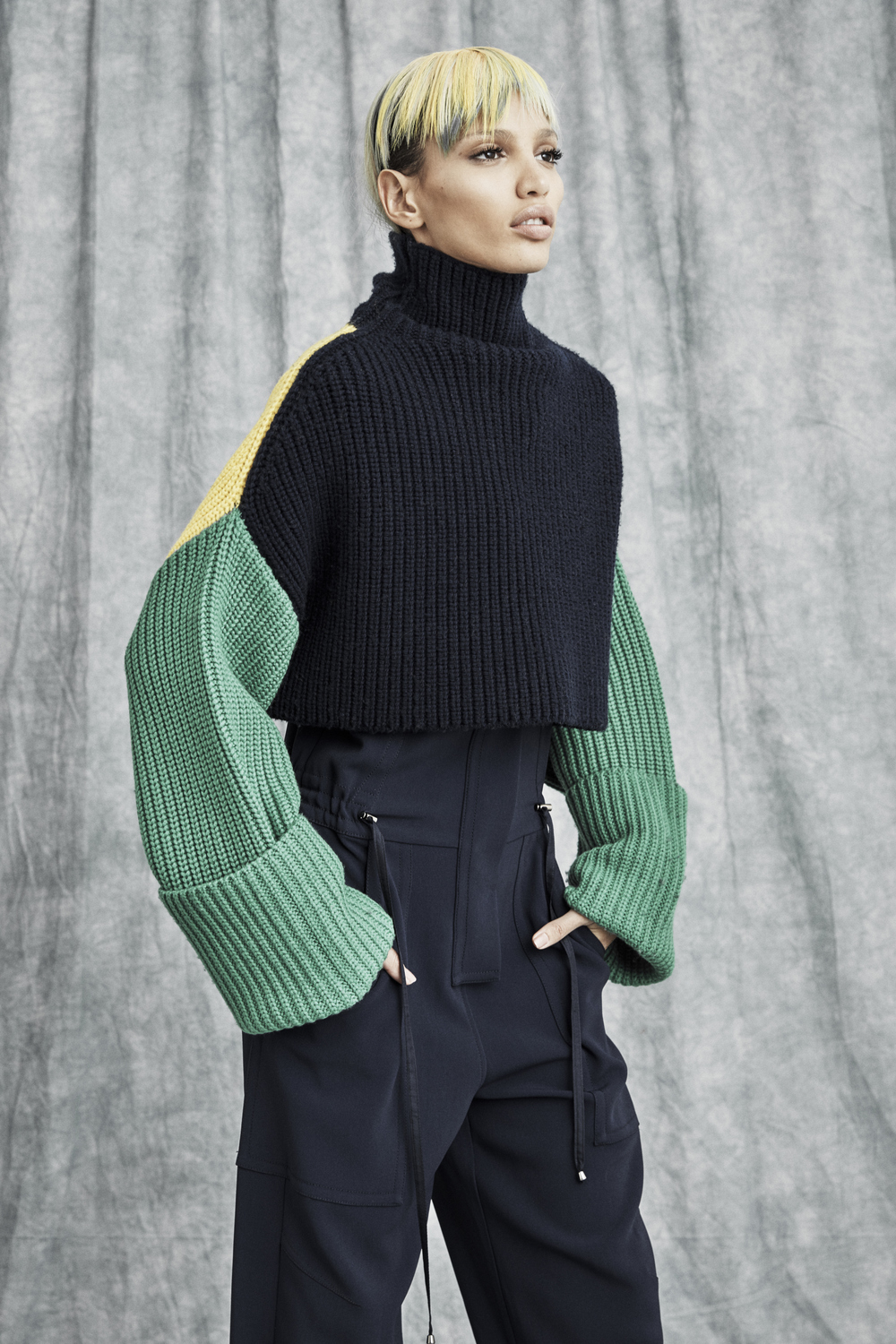 VICTOR_ALFARO_PreSpring17_Look_22_by_Jeremy_Williams.jpg