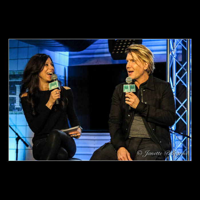 002 05-04-16 Goo Goo Dolls Fresh 102.7 025 blog sq.jpg