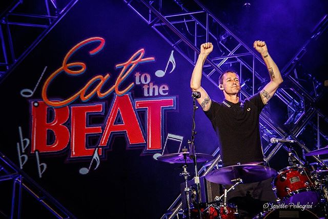 @dean_butterworth you rock! #sugarray @sugarray_official #waltdisneyworld #eattothebeat #epcotfoodandwinefestival #concertphotography 📷: @janettepellegrini