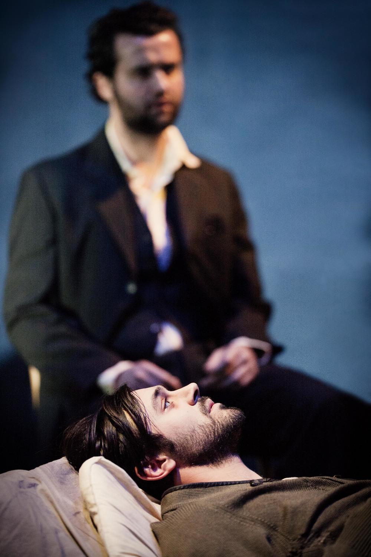 Liam Garrigan & Daniel Mays by Johan Persson.jpg