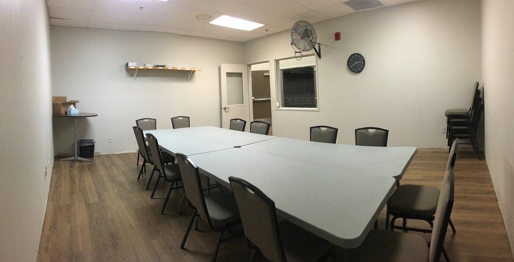 Meeting Room 1 Backcorner.JPG