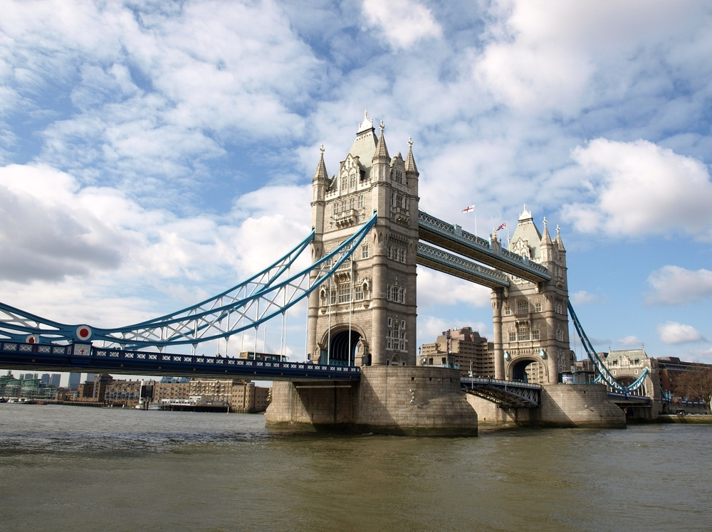 tower-bridge-736139.jpg