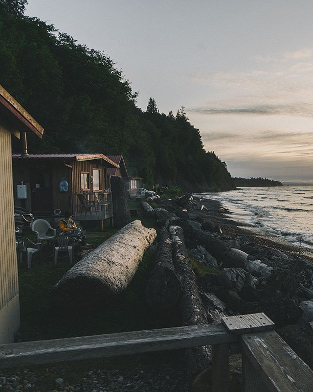 Whiskey Creek beach shack on the Straight of Juan de Fuca. No electricity. No service. Perfect. • • • • #Cabin #ocean #oceanfront #liveyouradventure #washington #pnw #pnwlife #pnwonderland #pnwdiscovered #nw #northwest #hut #room #cottage #cottages #shack #cabins #cabinlife #cabinporn #cabinlove #cabinvibes