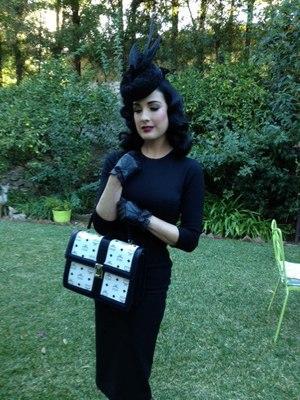 Dita+Von+Teese+-+MCM+-+Los+Angeles+-+2012.jpg