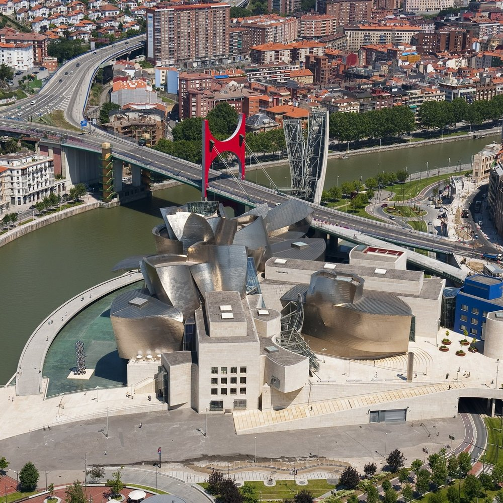 A case study: Guggenheim Museum Bilbao & Pompidou Museum Metz (in Chinese)