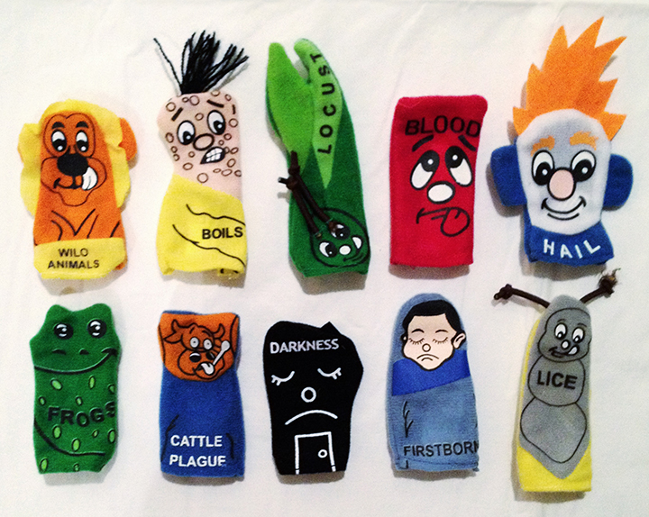 """The Ten Plagues of Egypt"" Finger Puppets"