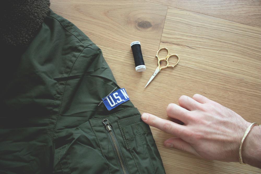 diy_project_bomber_jacket_american_eagle_mogblog.jpg