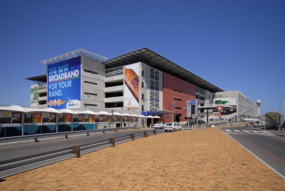 DesignSpaceAfrica_001Bloekombos Primary.jpg