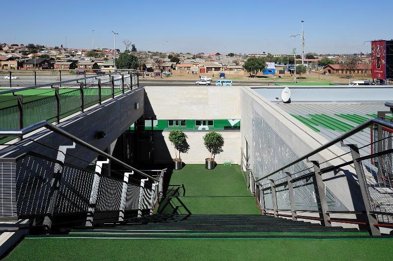 090 NIKE Soweto.jpg