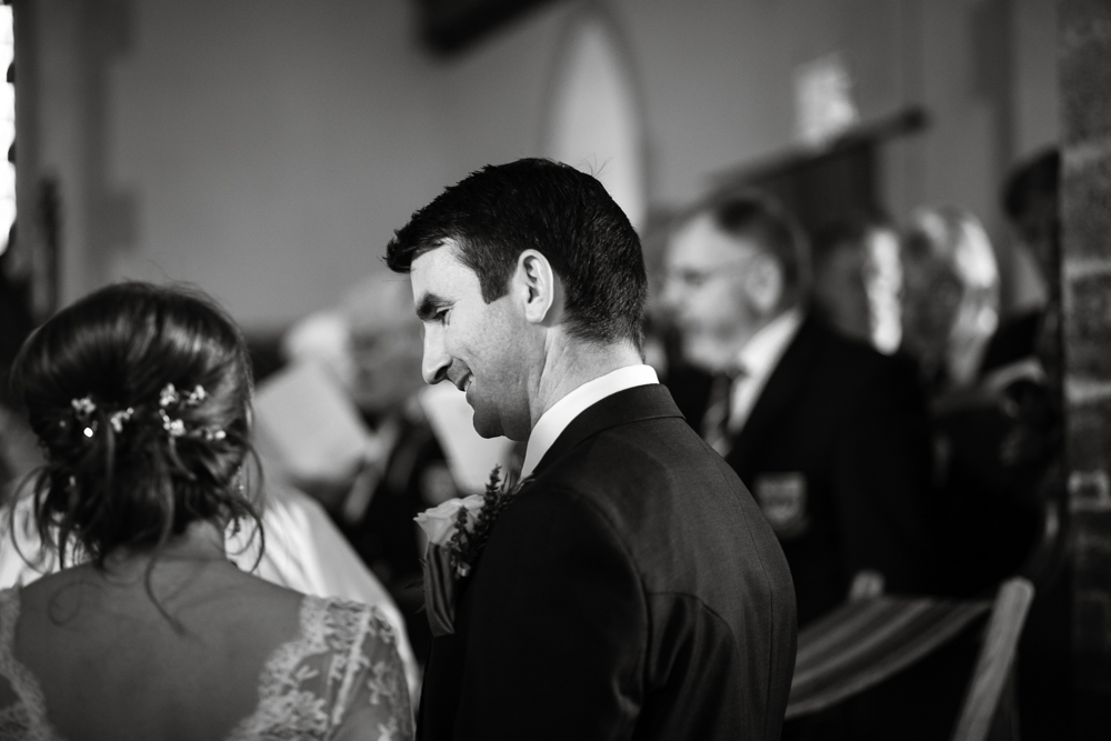 somerset_barn_wedding_Photography_london_summer-1050.jpg