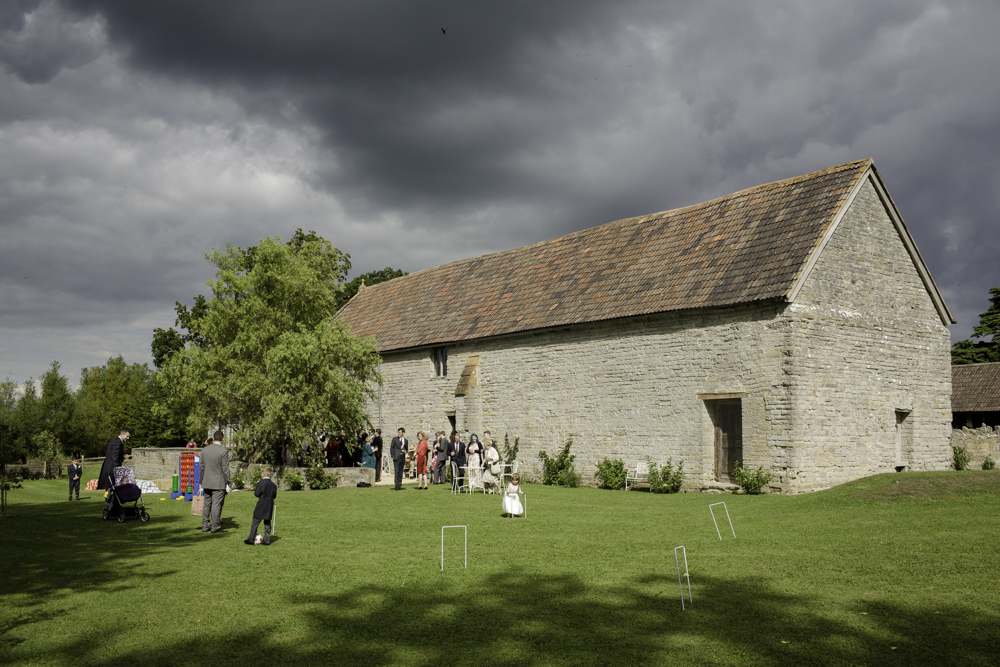 somerset_barn_wedding_Photography_london_summer-1088.jpg