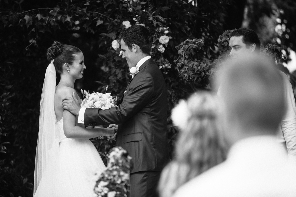 new_zealand_desination_wedding_photography_garden_romantic-1043.jpg