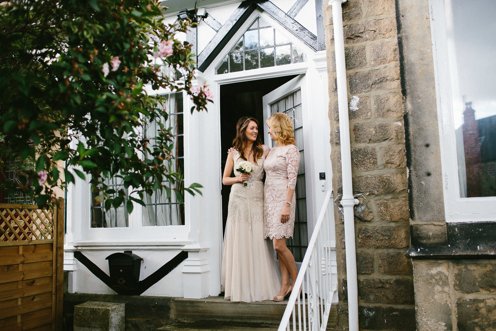 yorkshire_wedding_photography_braisty_estate_modern-21.jpg