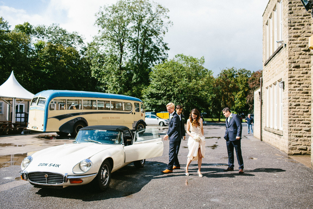 yorkshire_wedding_photography_braisty_estate_modern-24.jpg