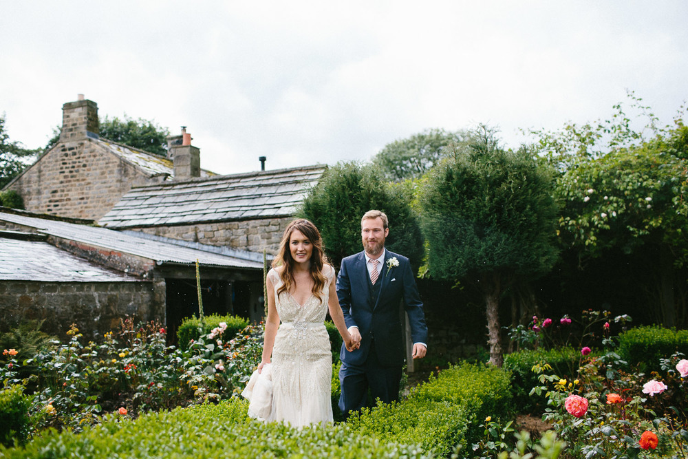 yorkshire_wedding_photography_braisty_estate_modern-41.jpg