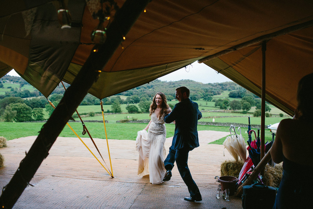 yorkshire_wedding_photography_braisty_estate_modern-52.jpg