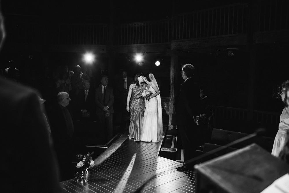 stratford_upon_avon_warwickshire_wedding_photography_theatre-18.jpg