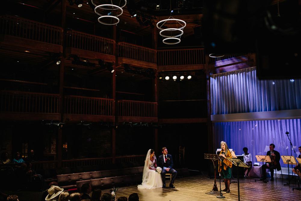 stratford_upon_avon_warwickshire_wedding_photography_theatre-23.jpg