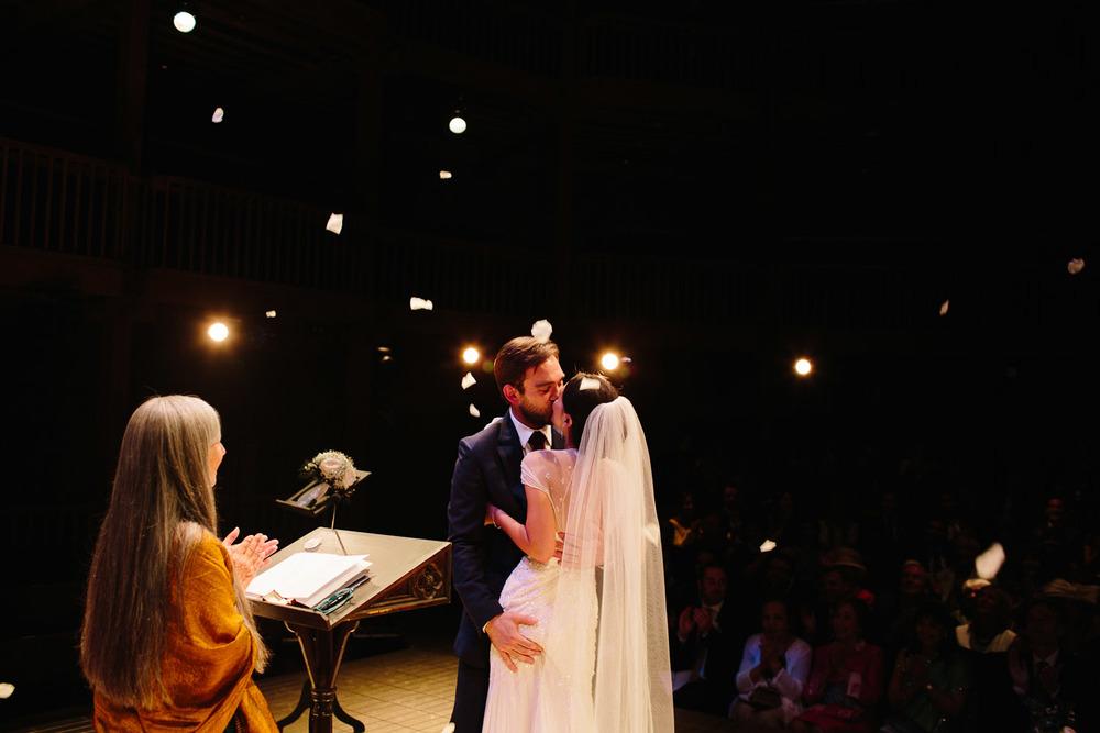 stratford_upon_avon_warwickshire_wedding_photography_theatre-27.jpg
