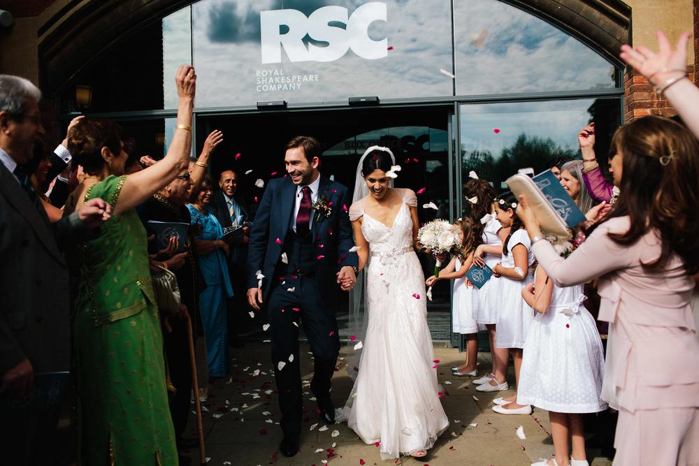 stratford_upon_avon_warwickshire_wedding_photography_theatre-29.jpg