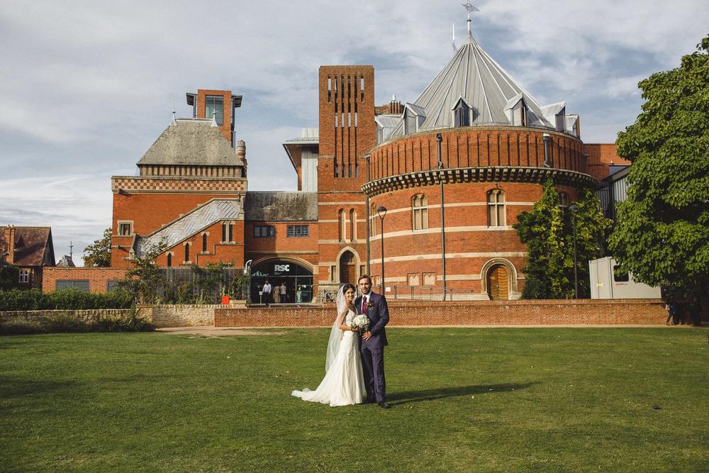 stratford_upon_avon_warwickshire_wedding_photography_theatre-44.jpg