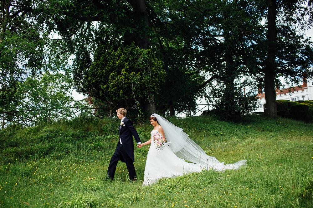 wedding_photography_danesfield_house_summer_english-45.jpg