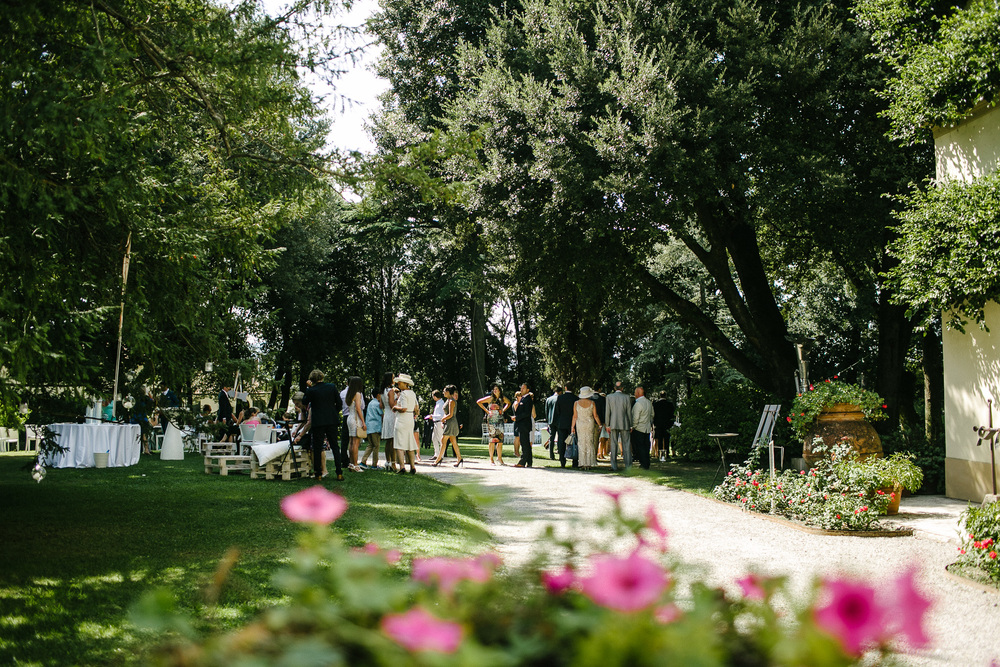 garden wedding tuscany