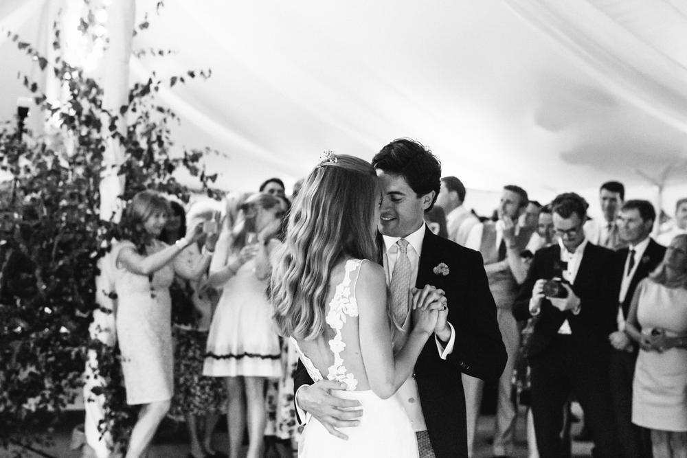 english_country_garden_wedding-169.jpg