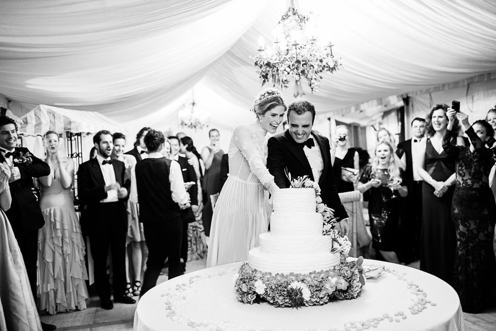 MARIE ISABEL & NICOLAS // FRENCH CHATEAU WEDDING -