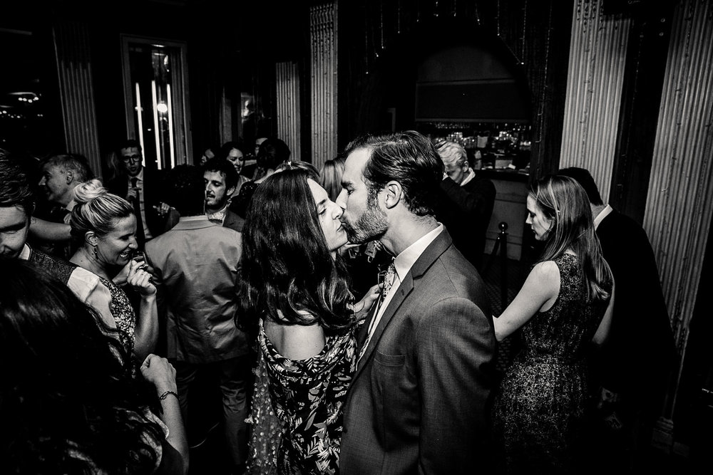 destination_wedding_photographer_paris-145.jpg