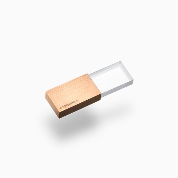 <a href=/emptymemory-transparency-rosegold>USB flash drive →</a><strong>£65</strong>