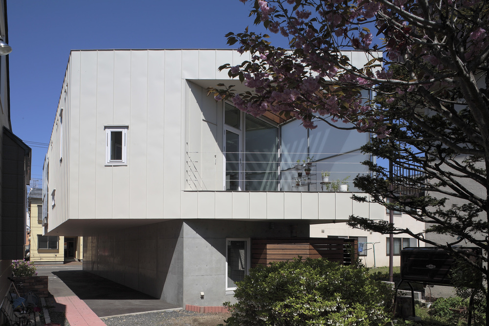 Katamochi House 2006