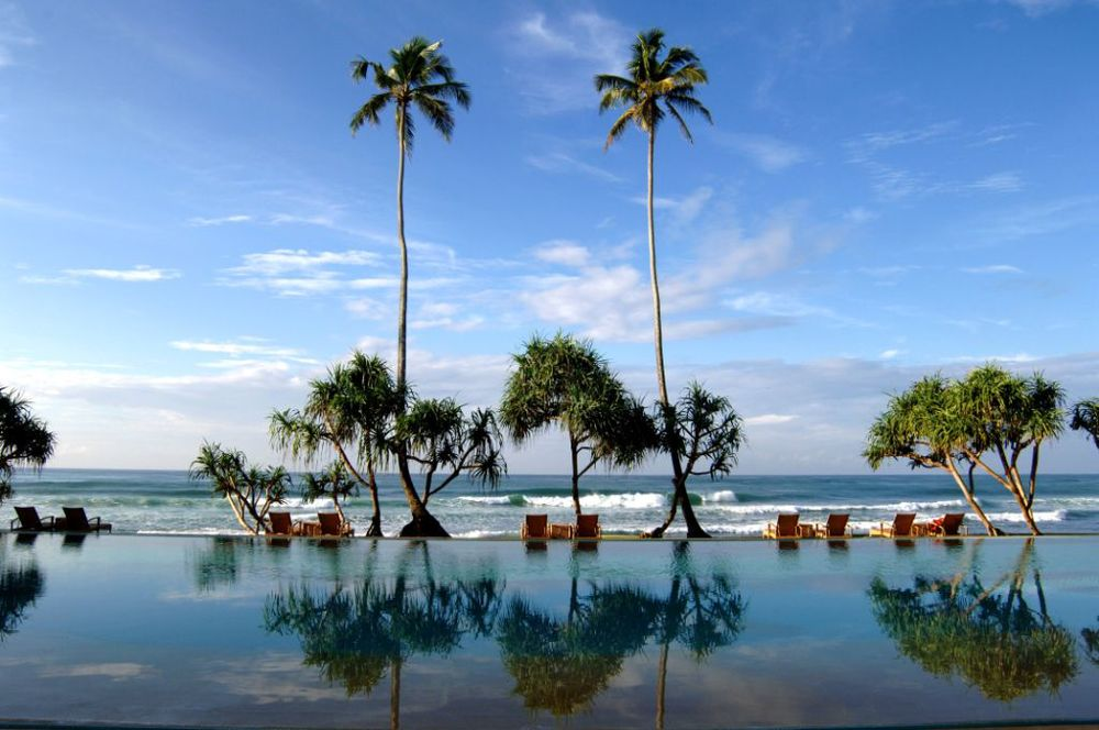 invite-to-paradise- sri-lanka-hotel-south-coast-beach-boutique-luxury-infinity-pool-sea.jpg