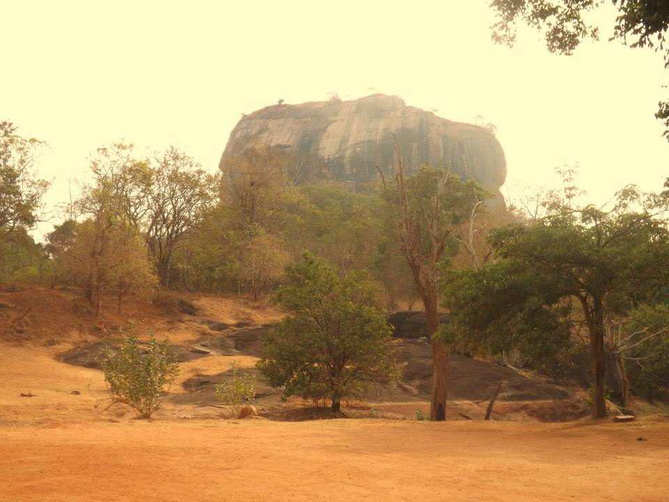 invite-to-paradise-customer-honeymoon-sri-lanka-sigiriya.jpg
