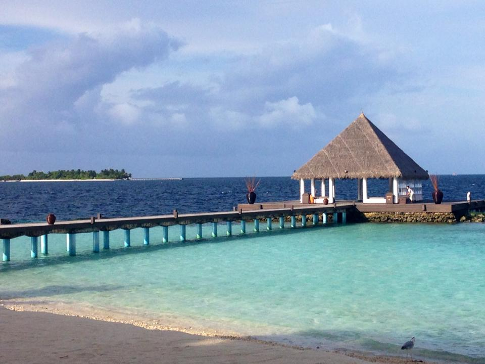 invite-to-paradise-customer-honeymoon-maldives-water.jpg