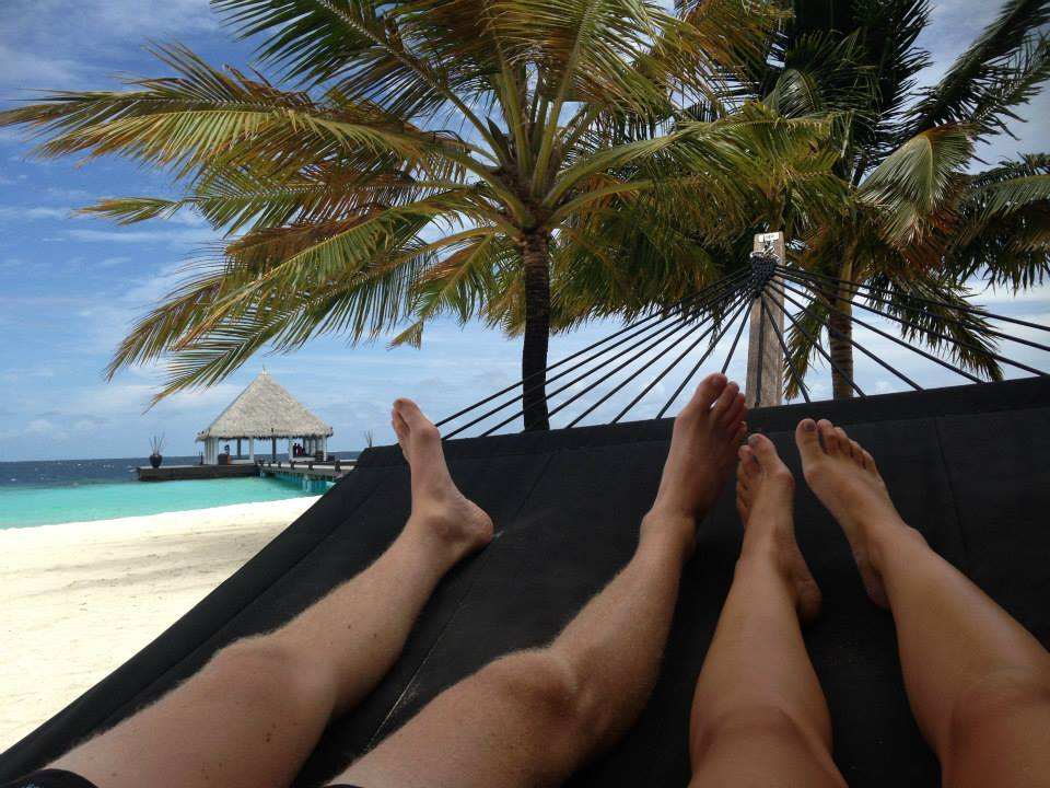 invite-to-paradise-customer-honeymoon-maldives-hammock.jpg