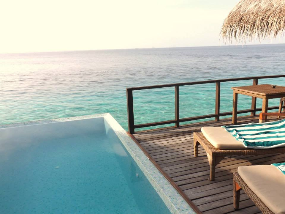 invite-to-paradise-customer-honeymoon-maldives-water-villa-pool-2.jpg